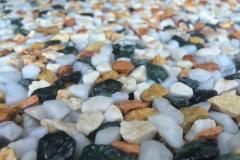 dettaglio campione di resina e ghiaia